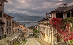 Picture the sky, clouds, landscape, mountains, clouds, lake, home, Italy, street, Orta San Giulio
