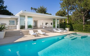 Picture Villa, pool, terrace, Trousdale House, by Paul Brant Williger