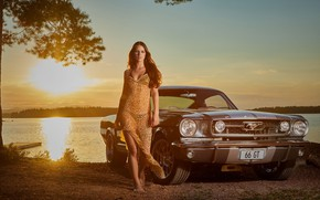 Picture auto, look, Ford, Erotic, beautiful girl, posing on the car, Laura Fitzek