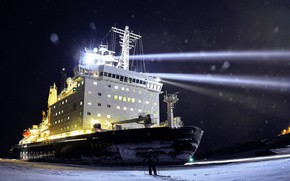 Wallpaper Night, Snow, People, Ice, Icebreaker, The ship, Russia, Nose, Floodlight, Tank, The add-in, Atomflot, Nuclear-powered ...