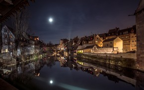 Picture night, the moon, Germany, Bayern, Nuremberg
