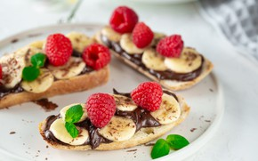 Picture raspberry, chocolate, bread, bananas, mint, sandwiches