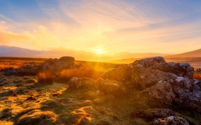 Picture field, the sky, grass, the sun, clouds, light, sunset, bright, stones, dawn, hills, Sunny, boulders