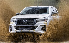 Picture white, squirt, before, Toyota, pickup, Hilux, Special Edition, 2019
