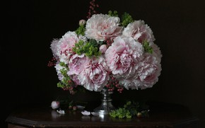 Picture bouquet, pink, peonies