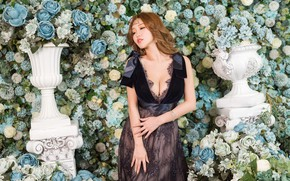 Picture girl, flowers, pose, roses, dress, outfit, Asian, is, photoshoot, hydrangea, vases