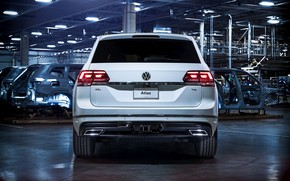 Picture white, Volkswagen, 2018, feed, Atlas, R-Line