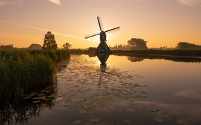 Picture dawn, morning, mill, channel, Netherlands, South Holland, Overslingeland