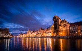 Picture night, the city, Gdansk, Medieval port