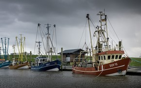 Picture boats, Seiners, Trawlers
