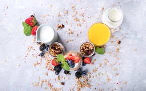 Picture berries, strawberry, juice, yogurt, orange, granola