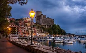 Picture home, lantern, boats, promenade
