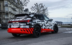 Picture Audi, Parking, side view, 2018, E-Tron Prototype
