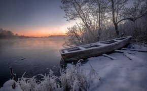Picture winter, frost, grass, snow, trees, landscape, nature, lake, dawn, boat, morning, frost, Andrei, Shatura