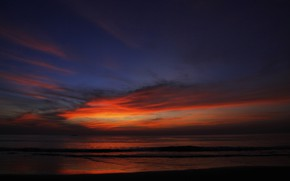 Picture sea, clouds, the evening, glow