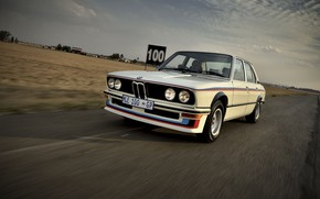 Picture BMW, sedan, 1976, on the track, four-door, 5-series, E12, 530 MLE