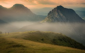 Picture summer, mountains, fog, people, rocks, hills, the slopes, morning, haze, travelers