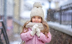 Picture winter, look, snow, smile, mood, scarf, girl, cap, mittens, gloves