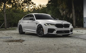 Picture bmw, white, f90, running lights