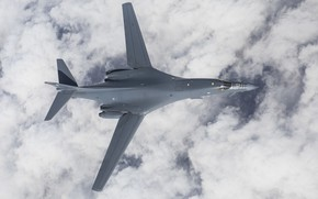 Picture Lancer, B-1B, UNITED STATES AIR FORCE, strategic bomber, with variable sweep wing, Rockwell International, supersonic