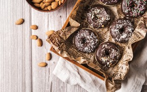 Picture glaze, chocolate, doughnuts with vanilla cream