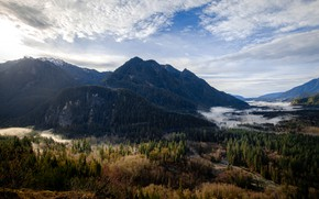 Picture road, autumn, forest, the sky, clouds, mountains, fog, tops, view, height, Bank
