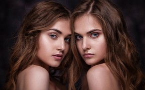 Picture two girls, sisters, Ananda Dubovskaya, Alexander Dubovsky, Artem Bondarovich