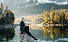 Picture forest, girl, mountains, pose, lake, reflection