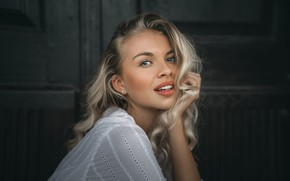 Picture look, girl, face, pose, hand, portrait, blonde, Jiří Tulach