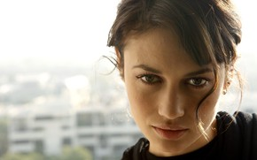 Picture look, pose, model, portrait, makeup, actress, brunette, hairstyle, Olga Kurylenko, Olga Kurylenko, hair