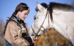 Picture girl, horse, China