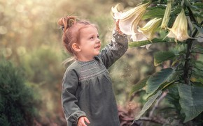 Picture flowers, nature, pollen, Lily, girl, baby, child, bokeh, Козел Марта