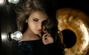 Picture girl, face, hair, hand, light bulb, Pavel Ermakov, Любовь Пивоварова