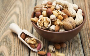 Picture Spoon, Cup, Nuts, Cuts