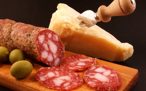 Picture cheese, olives, sausage