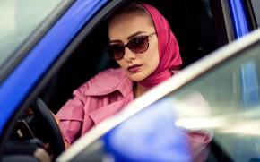 Picture auto, girl, glasses, cloak, shawl, Natalia, Tatiana GUZ
