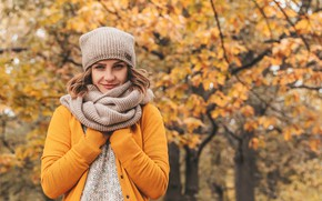 Picture autumn, look, girl, pose, smile, Park, background, hat, portrait, scarf, brown hair, jacket, bokeh