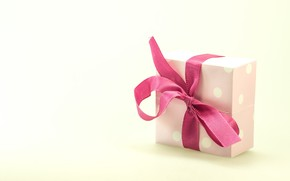 Picture pink, holiday, box, gift, tape, bow, light background