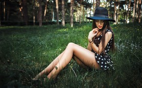 Picture greens, trees, pose, Park, model, hat, makeup, dress, hairstyle, brown hair, legs, beauty, sitting, on …