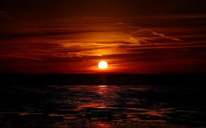 Picture sea, the sun, clouds, sunset, glow