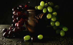 Picture red, green, twilight, still life, drops, black background, bunches, ceramic, grapes, darkness, pot
