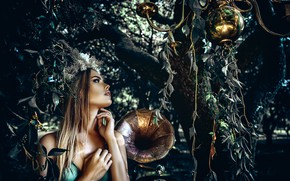 Picture look, girl, branches, tree, makeup, gramophone, Axe, Ruslan Bolgov