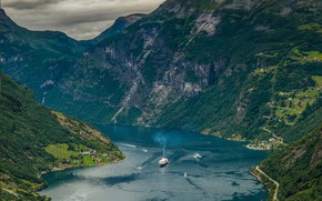 Picture Norway, liner, the fjord
