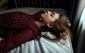 Picture model, portrait, makeup, hairstyle, lies, brown hair, on the bed, bokeh, he closed his eyes, …