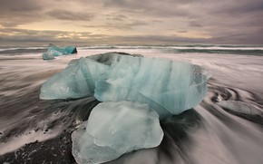 Picture sea, ice, Iceland