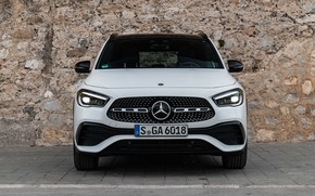 Picture Mercedes-Benz, front view, crossover, GLA, 4MATIC, GLA-Class, 2020, AMG Line, GLA 250