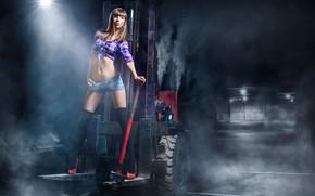 Picture girl, pose, shorts, figure, sledgehammer, loader, Игорь Макаров