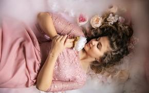 Picture girl, dreams, flowers, fog, sleep, roses, dress, pink, couples, beauty, lies, curls, closed eyes