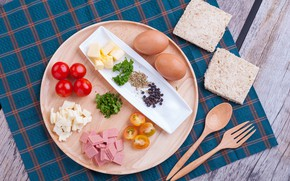 Picture eggs, Breakfast, bread, Board, tomatoes, sausage, spices