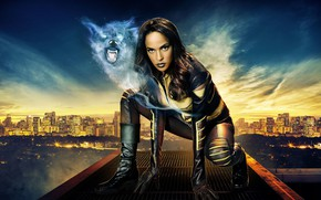 Picture girl, the city, pose, wolf, Maisie Richardson-Sellers, In Legends Of Tomorrow
